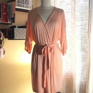 NWOT Gilligan&O'malley robe with lace detail